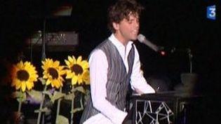 Mika termine sa tournée à la Foire aux vins de Colmar  (Culturebox)