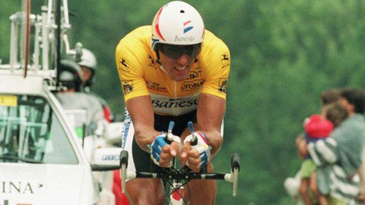 Le coureur espagnol Miguel Indurain, quintuple vainqueur de la Grande Boucle