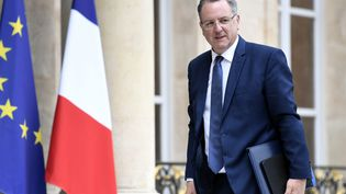 Richard Ferrand, ministre de la Cohésion des territoires, le 24 mai 2017, sur le perron de l'Elysée à Paris. (STEPHANE DE SAKUTIN / AFP)