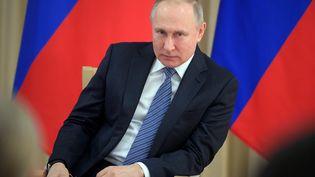 Le président russe Vladimir Poutine, le 26 mars 2020, à Moscou. (ALEXEY DRUZHININ / SPUTNIK)