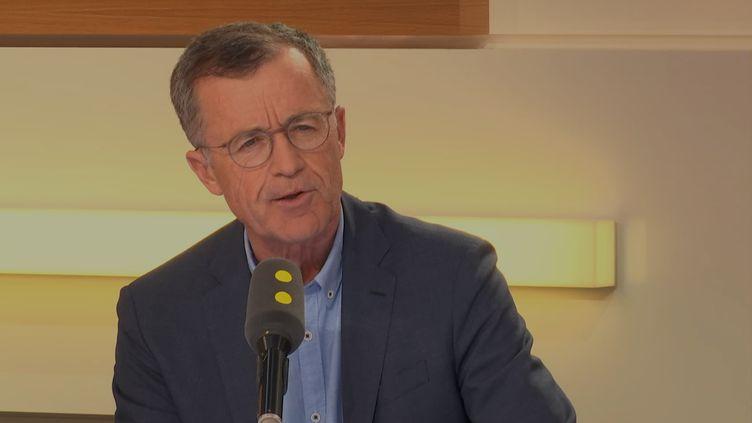 """Philippe Darmayan, le président d'ArcelorMittal France, était l'invité de """"L'interview éco"""" mardi 17 avril. (FRANCEINFO)"""