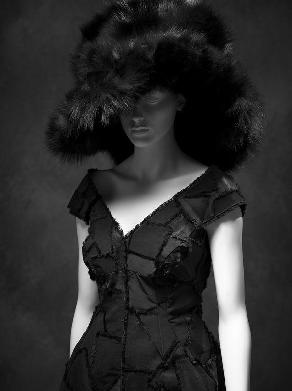 Little Black Dress : Marc Jacobs, robe du soir en soie automne-hiver 2012  (Courtesy of Rachel Feinstein, New York)