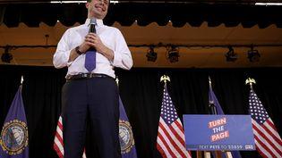 Le candidat aux primaires démocrates, Pete Buttigieg, lors d'un meeting à Londonderry (New Hampshire, Etats-Unis), le 9 février 2020. (WIN MCNAMEE / GETTY IMAGES NORTH AMERICA / AFP)