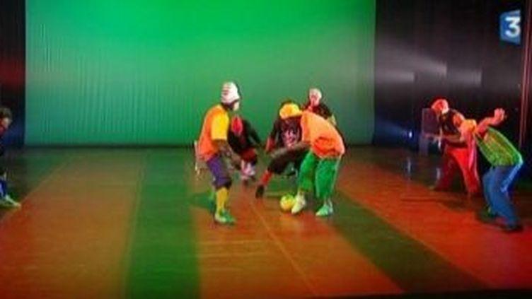 Blanca Li et Jeux de Jambes font leur cirque à Suresnes Cités Danse  (Culturebox)