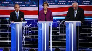 Les candidats à la primaire démocrate Michael Bloomberg, Elizabeth Warren et Joe Biden lors du neuvième débat démocrate, mercredi 19 février 2020 à Las Vegas (Etats-Unis). (MARIO TAMA / GETTY IMAGES NORTH AMERICA / AFP)