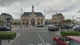 Un contrôleur SNCF a été violemment agressé en gare de Valenciennes, le 21 mars 2015. (GOOGLE STREET VIEW)