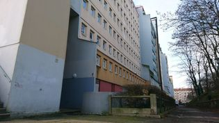 """La cité Duclos, à Villejuif (Val-de-Marne), où le jeune homme tenait """"un point de deal"""", selon la police. (MAXPPP)"""