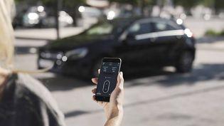 Le processus de location de voiture s'effectue à 100% sur iPhone (Virtuo)