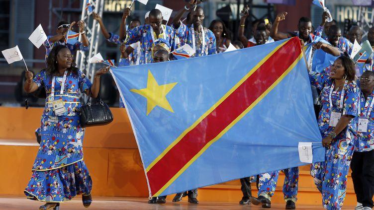La délégation de la République démocratique du Congo, le 7 septembre 2013 à Nice (Alpes-Maritimes), lors de la cérémonie d'ouverture des Jeux de la francophonie. Plusieurs membres de cette délégation, notamment les basketteuses, ont disparu depuis. (VALERY HACHE / AFP)