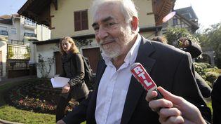 DSK, à Sarcelles (Val-d'Oise),le 16 octobre 2011, lors dusecond tour de la primaire socialiste pour la présidentielle de 2012. (THOMAS SAMSON / AFP)