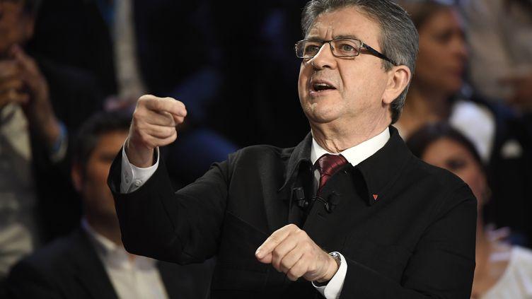 """Jean-Luc Mélenchon, le 4 avril 2017, lors du """"Grand Débat"""". (LIONEL BONAVENTURE / AFP)"""