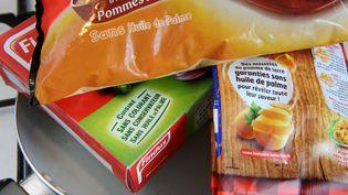 Des paquets de pommes de terre surgelées, dont un paquet Findus. (DURAND FLORENCE/SIPA)