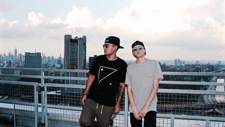 Le duo français Trinixmusic,formé par Josh Chergui et Loïs Serre, est prévu en live sur l'Instagram de Karl Lagerfeld le 17 avril (DR)
