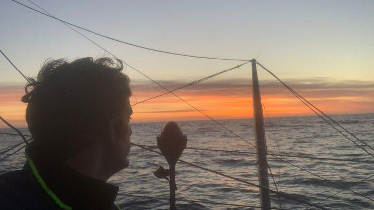 Coucher de soleil photographié par Charlie Dalin depuis son bateau Apivia pendant le Vendée Globe, le 23 Décembre 2020. (CHARLIE DALIN / APIVIA)