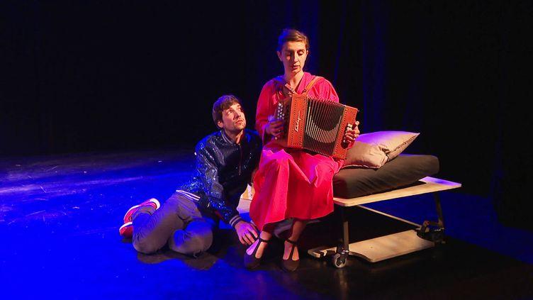 """""""Le lit des autresé"""", pièce de théâtre de la compagnie du Savon Noir (France 3 Grenoble)"""