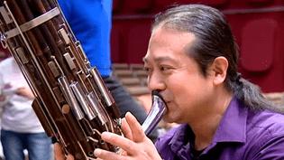 Le musicien chinois Wu Wei en pleine répétition  (France 3 culturebox )