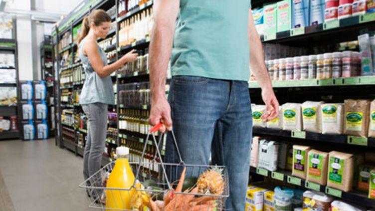 Selon l'Insee, l'opinion des ménages sur leur situation financière passée et future est stable. (Getty Images / B2M Productions)
