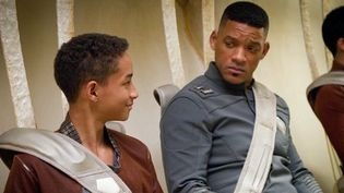 "Jaden Smith et Will Smith dans ""After Earth"" de M. Night Shyamalan  (Sony)"
