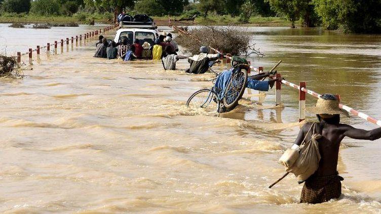 Inondations dans le Sahel près de Gorom Gorom au Burkina Faso, après de fortes pluies en avril 2017. (PHILIPPE ROY / Aurimages)