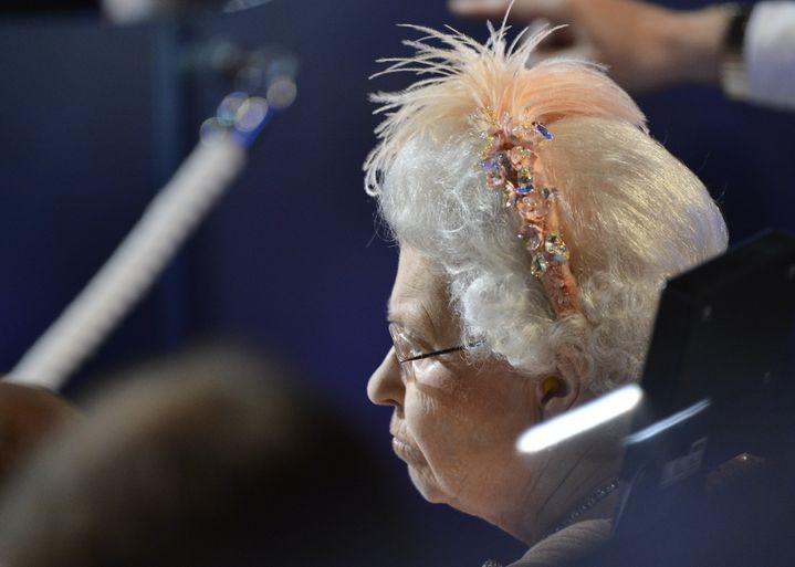 La reine Elizabeth II lors de la cérémonie d'ouverture des Jeux olympiques de Londres, le 27 juillet. (TOBY MELVILLE / POOL)