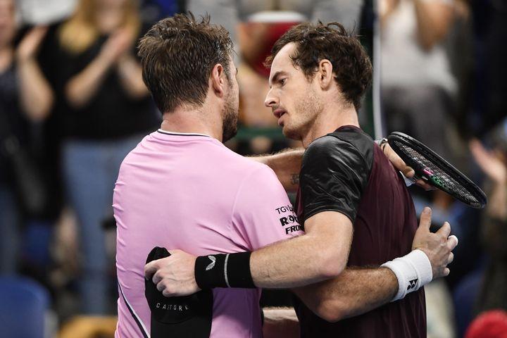 Andy Murray après sa victoire en finale du tournoi d'Antwerp contre Stan Wawrinka. (JOHN THYS / BELGA)
