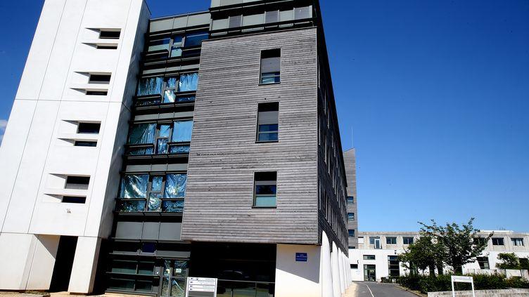 Le centre hospitalier de Reims (Marne), le 2 juillet 2019, où Vincent Lambert est hospitalisé. (FRANCOIS NASCIMBENI / AFP)