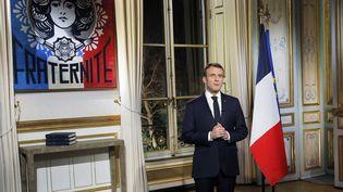 Emmanuel Macron lors de ses vœux aux Français, le 31 décembre 2018. (MICHEL EULER / POOL / AP POOL / MAXPPP)