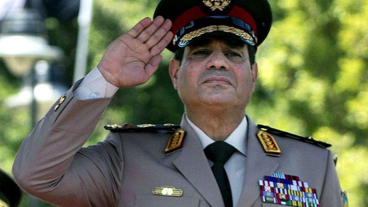 Le maréchalAbdel Fattah Al-Sissi, chef de l'armée égyptienne, le 24 avril 2013, au Caire (Egypte). (JIM WATSON / AP / SIPA)