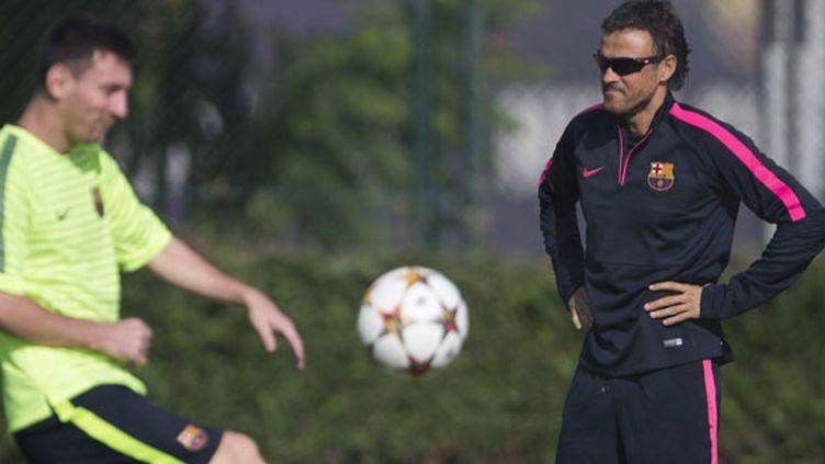Lionel Messi à l'entraînement sous l'oeil de Luis Enrique