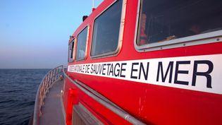 Un bateaude la société nationale de sauvetage en mer. (Photo d'illustration) (ALEX BAILLAUD / MAXPPP)