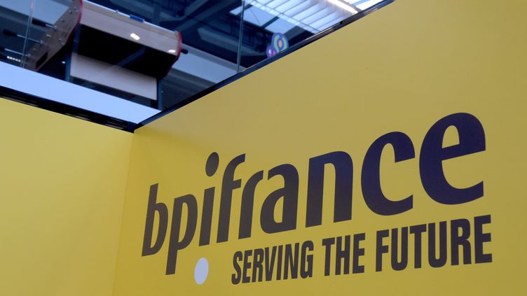 Le logo de Bpifrance. (ERIC PIERMONT / AFP)