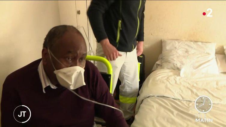 Un patient sousoxygénothérapie. (France 2)