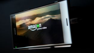 Le logo d'Amazon Prime Video à la diffusion. (JOSEP LAGO / AFP)