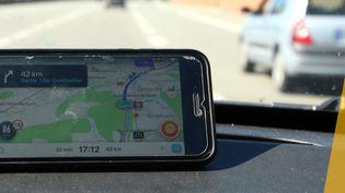 L'application de circulation Waze est utilisée par de nombreux automobiliste comme ici dans le Territoire-de-Belfort. (MAXPPP)