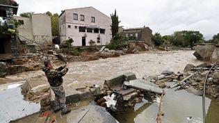 Le ruisseau du Trapel à Villegailhenc (Aude), le 15 octobre 2018. (GUILLAUME HORCAJUELO / MAXPPP)