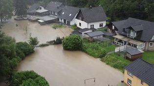 Allemagne : 4 morts et près de trente personnes disparues après de violentes inondations (FRANCE 2)