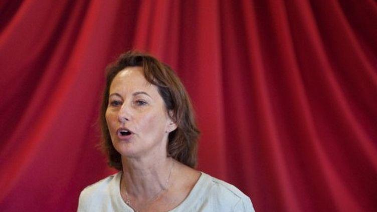 Ségolène Royal en meeting près de Grenoble, le 30 août 2011. (SEBASTIEN BOZON / AFP)