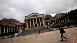 Un étudiant à l'université du Cap en Afrique du Sud le 13 novembre 2017 (REUTERS - MIKE HUTCHINGS / X00388)