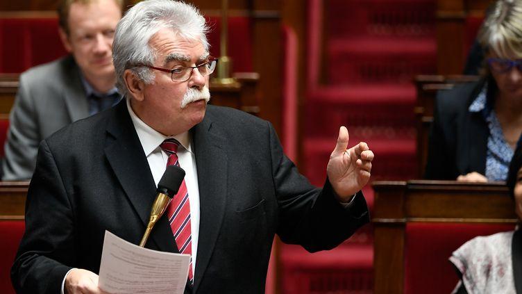 Le député communiste André Chassaigne, le 12 décembre 2017 à l'Assemblée nationale, à Paris. (LIONEL BONAVENTURE / AFP)