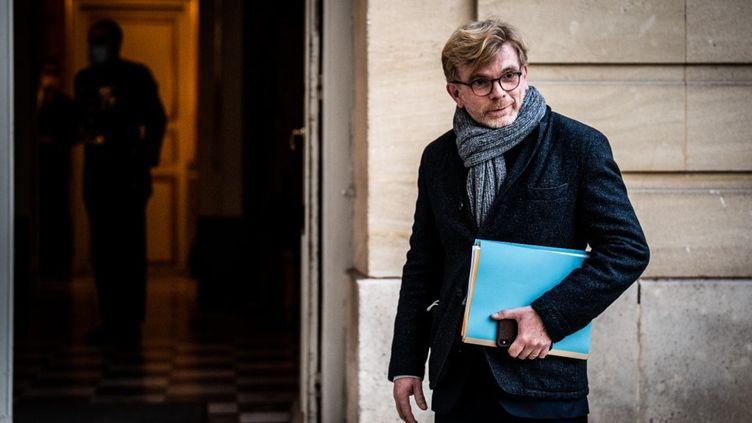 Le ministre des Relations au parlement Marc Fesneau arrive à l'hôtel de Matignon le 20 novembre 2020. (XOSE BOUZAS / HANS LUCAS / HANS LUCAS VIA AFP)