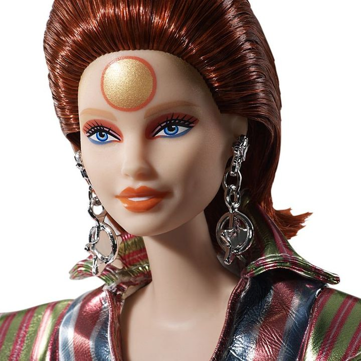 La Barbie® collector hommage à David Bowie commercialisée par Mattel. (MATTEL)