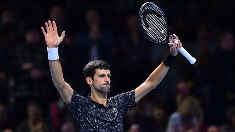 Novak Djokovic sera au rendez-vous des demi-finales à Londres (GLYN KIRK / AFP)