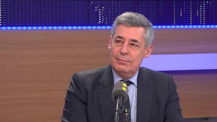 Henri Guaino, député Les Républicains des Yvelines et candidat à la présidentielle, sur franceinfo le 18 février 2017. (FRANCEINFO)