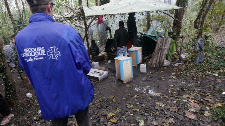 Le Secours catholique à Calais (Pas-de-Calais), le 28 octobre 2016. (THIERRY THOREL / CITIZENSIDE / AFP)
