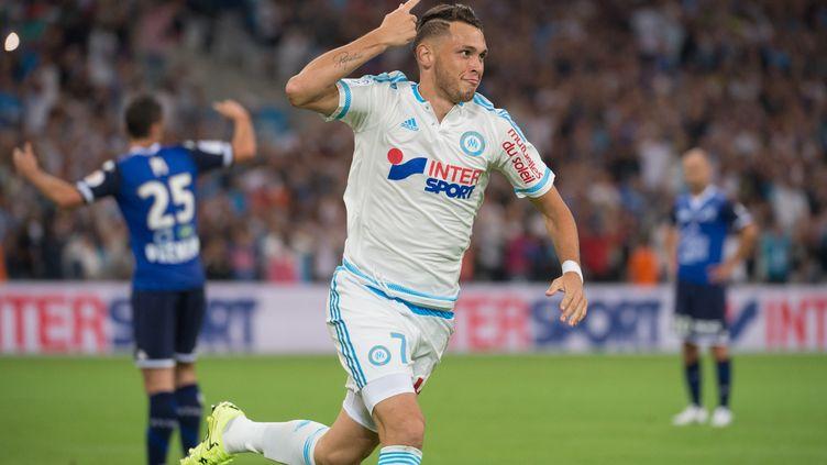 Ocampos et les siens redémarrent en Ligue Europa. (BERTRAND LANGLOIS / AFP)