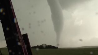 États-Unis : les chasseurs de tornades, les aventuriers de l'extrême (France 2)