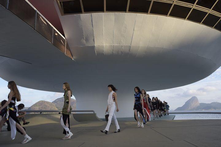 Collection Croisière Louis Vuitton 2017, à Rio de Janeiro.  (Louis Vuitton )
