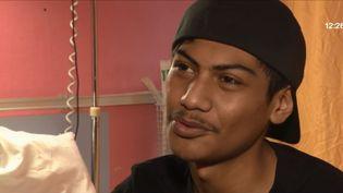 Kévin Teaue, sauvé par une opération chirugicale au cœur et aux poumons dans un hôpital du Plessis-Robinson (Hauts-de-Seine). (FRANCE 3)