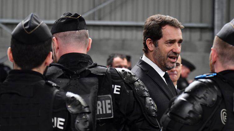 Le ministre de l'Intérieur, Christophe Castaner, lors ducinquantième anniversaire du Centre national d'entraînement des forces de gendarmerie, à Saint-Astier (Dordogne), le 15 mars 2019. (GEORGES GOBET / AFP)
