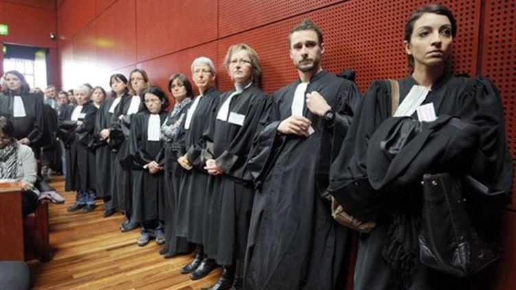 Magistrats, greffiers, fonctionnaires et avocats du Tribunal de Nantes dénoncent les propos de Nicolas Sarkozy (7/2/11). (AFP - Frank Perry)
